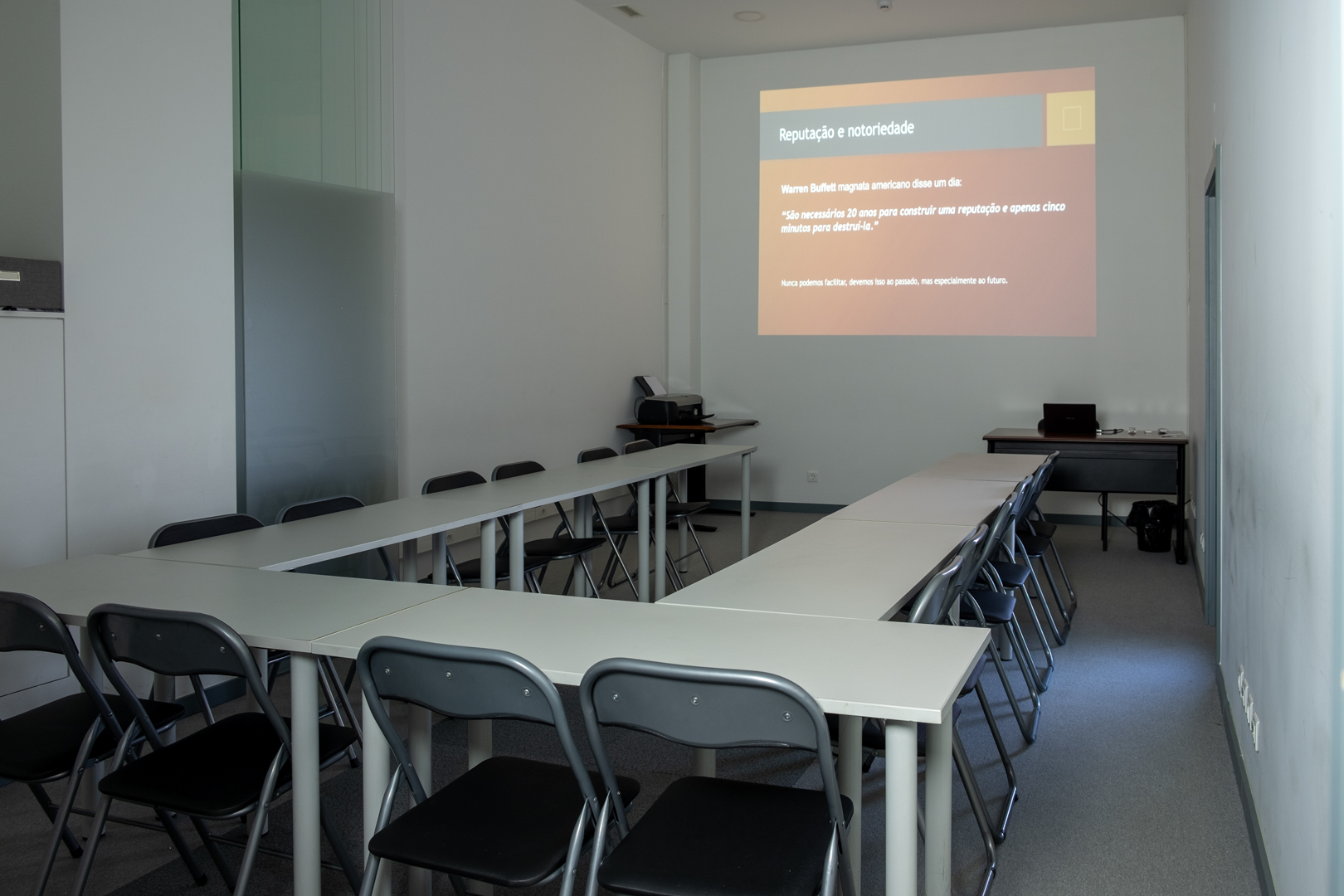 Sala de formação em U